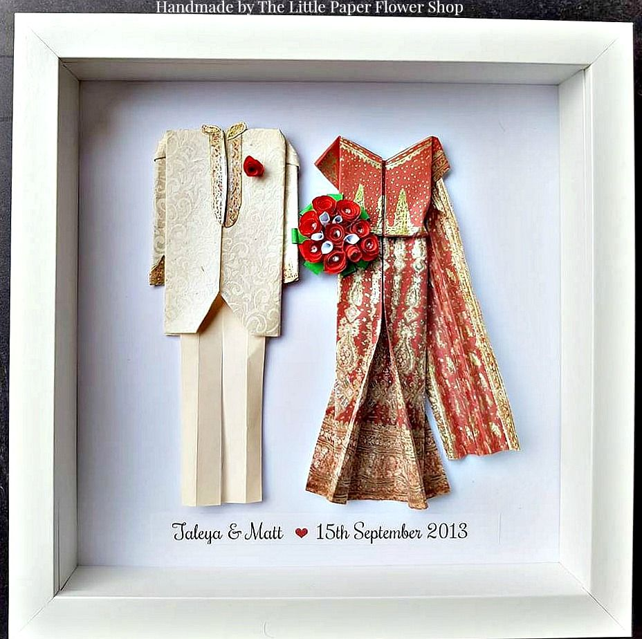 Asian Wedding Handmade Origami Wedding Anniversary Gift Frames At Www Facebook Com Littlepaperflowersh Origami Wedding Anniversary Gifts Wedding Anniversary
