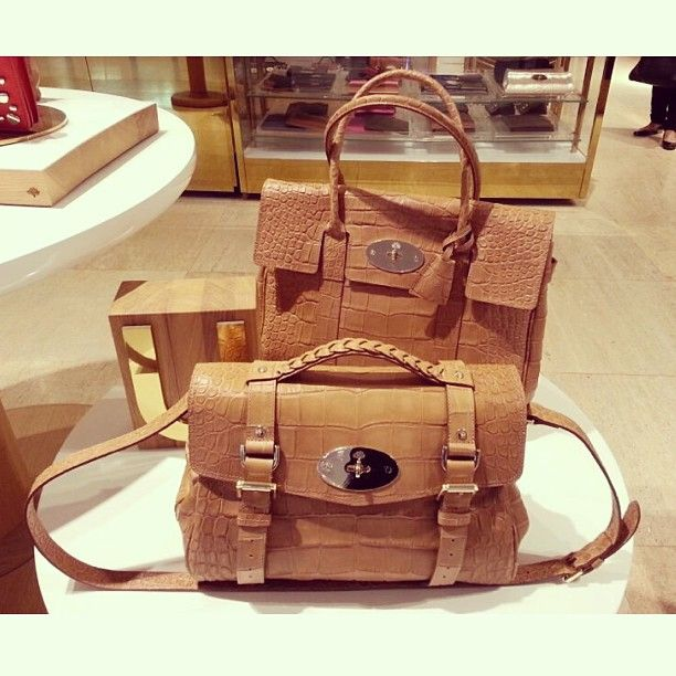 """@club21thailand's photo: """"#Mulberry Bottom: Alexa Solf Croc Print/Biscuit Brown (THB75,900) / Top :Bayswater Solf Croc Print/Biscuit Brown (THB75,900) @ Mulberry Siam Paragon T.02-6109449/ Central Chidlom T. 02-6557493"""""""