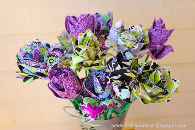 Love these fabric lotus flowers!  Tutorial.