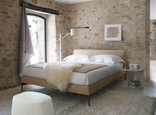 Des Murs En Pierre Dans Une Chambre Pour Une Deco Authentique Penn