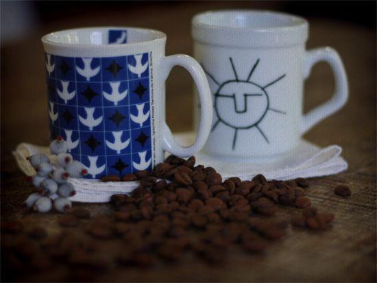 Uma mistura deliciosa de xícara com caneca! Assim são as porcelanas de Letícia Massula. Conheça mais.