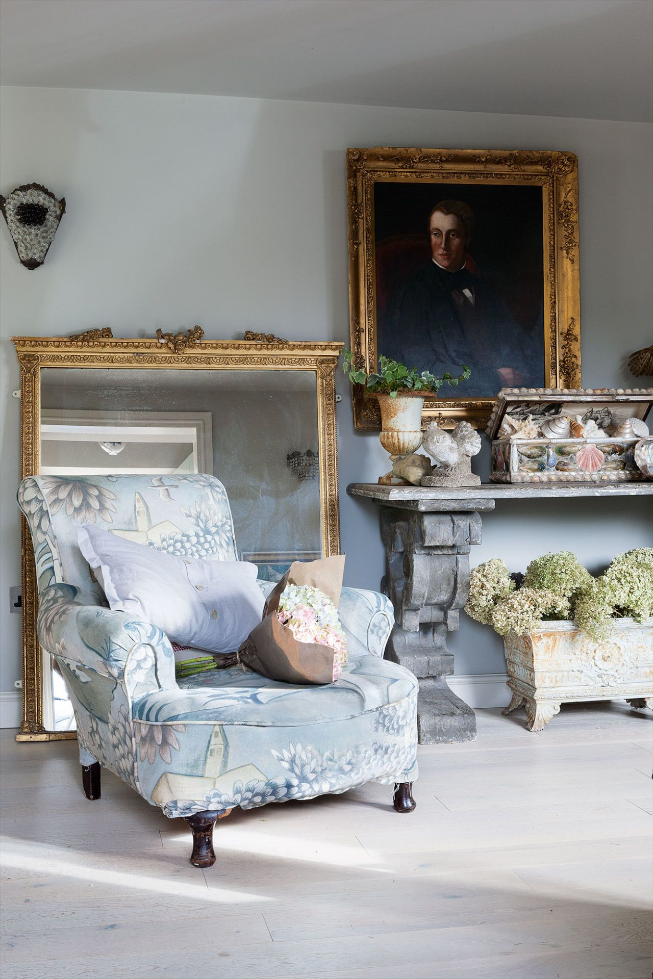 This Somerset cottage may look classically rustic but it's