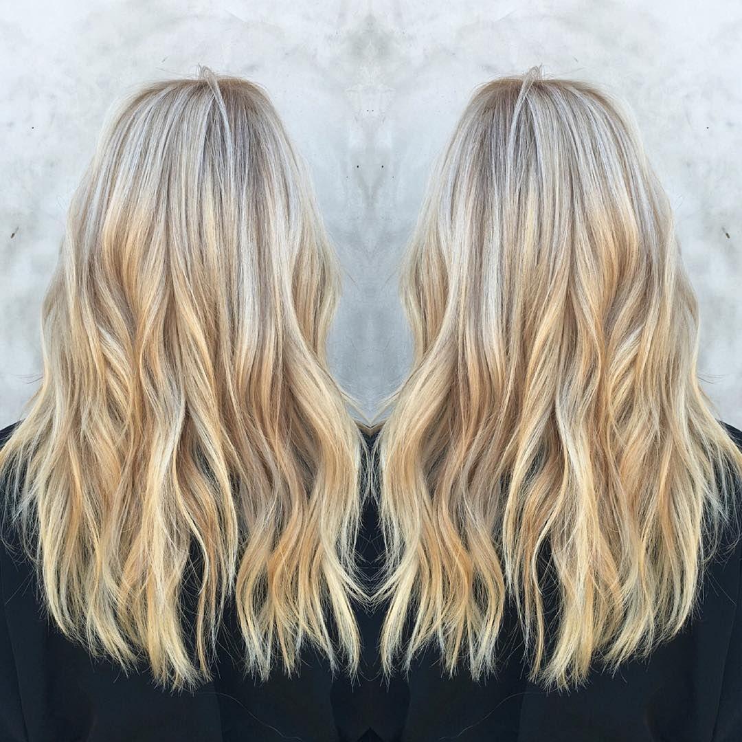 Soft blonde waves