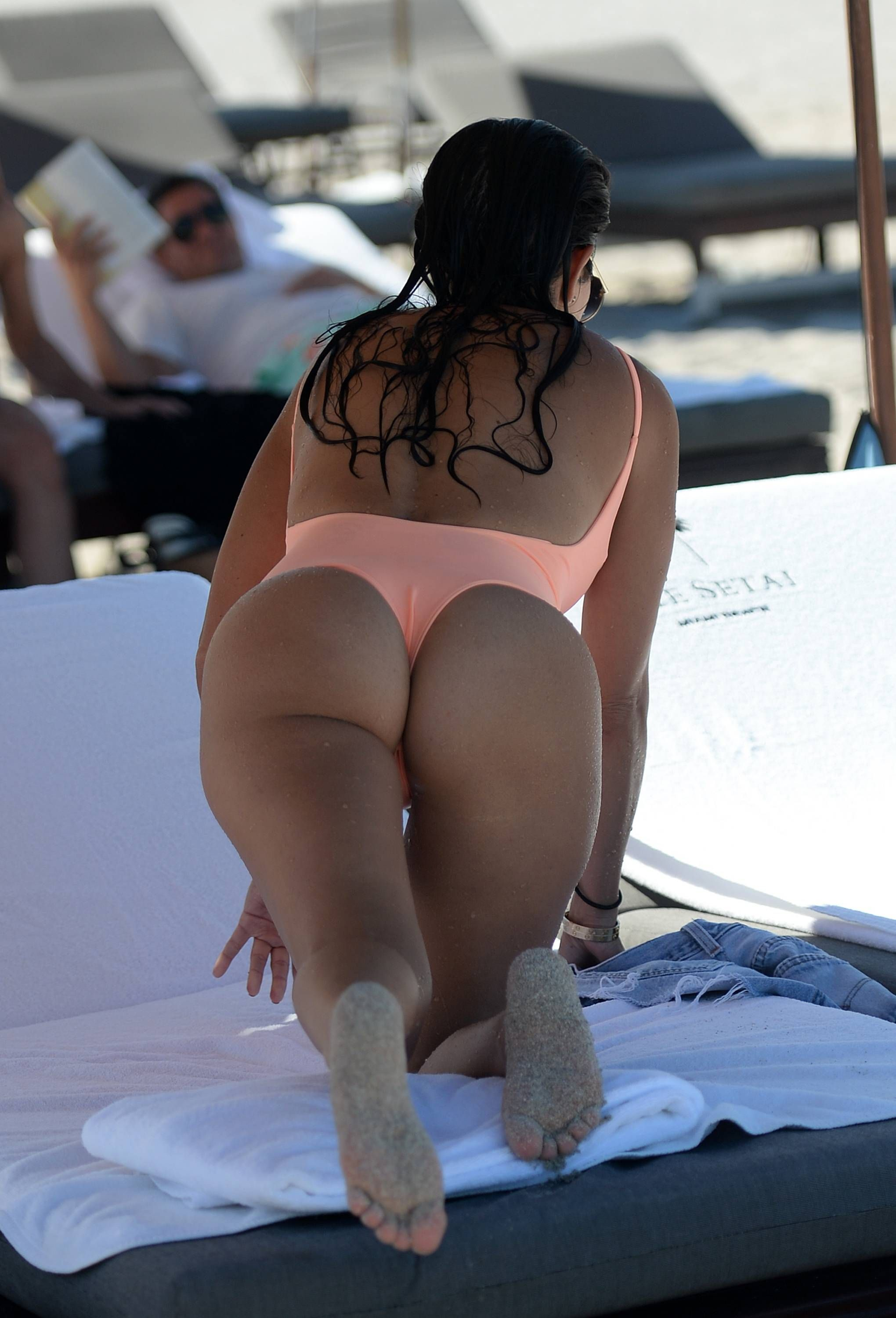 kim-kardashian-butt-nacked-nude-sexual-girls