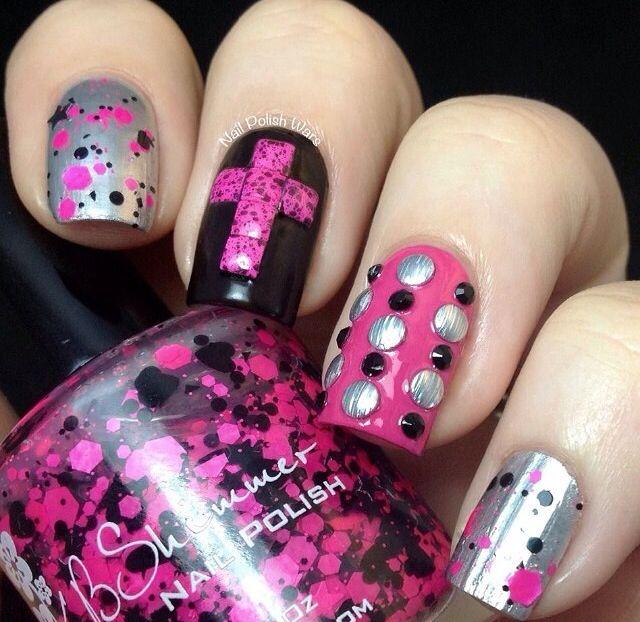 Black and pink edgy nail art | Beautiful Nail Art | Pinterest | Edgy ...