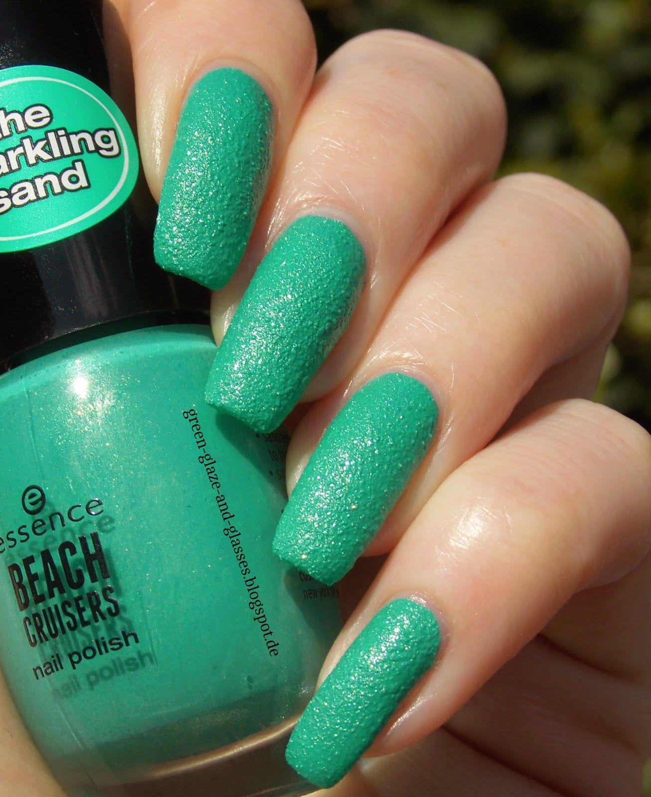 Green, Glaze & Glasses: Essence Sparkling Sand - 03 keep calm and go to the beach! (Beach Cruisers LE)
