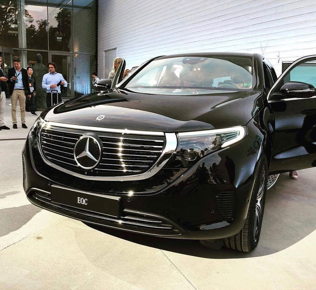 New Mercedes Benz Eqc 400 4matic Follow Mercedesamgusa Mercedesbenz Mercedesamg Mercedes Benz Amg Maybach Mansory B Mercedes Car Merc Benz Suv Trucks