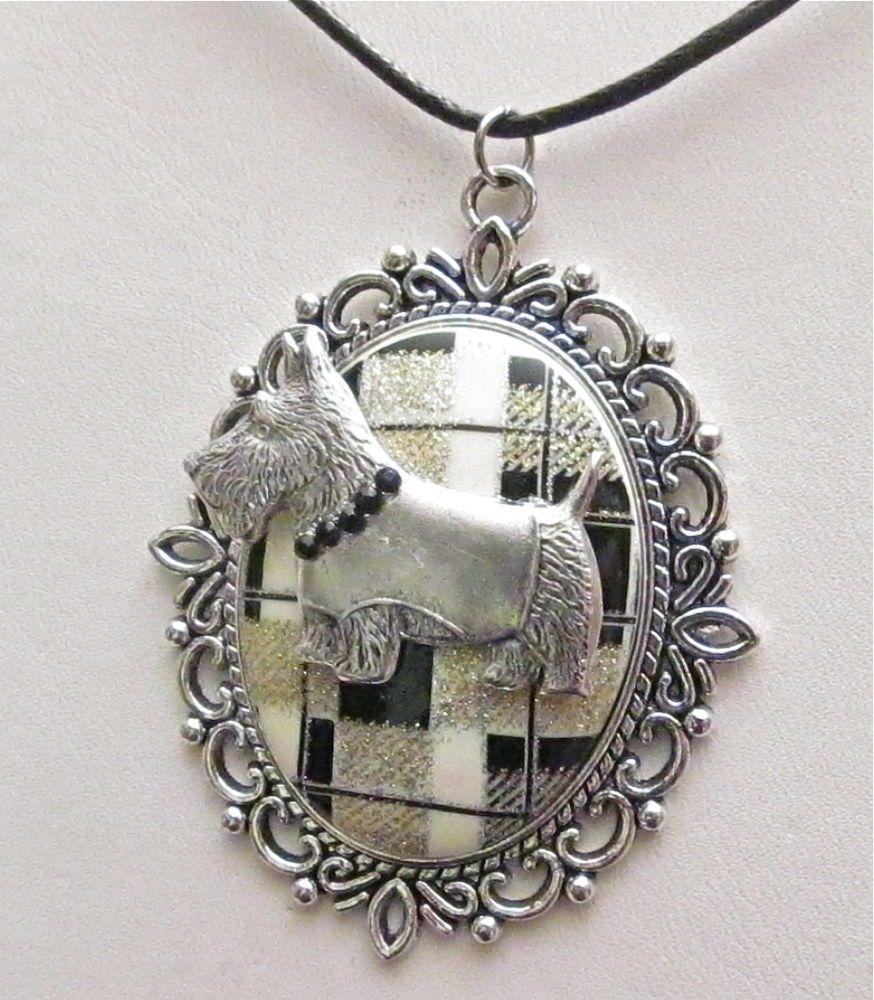 XMAS! SCOTTISH TERRIER Scotty Dog Black White PLAID Necklace Crystal COLLAR GIFT