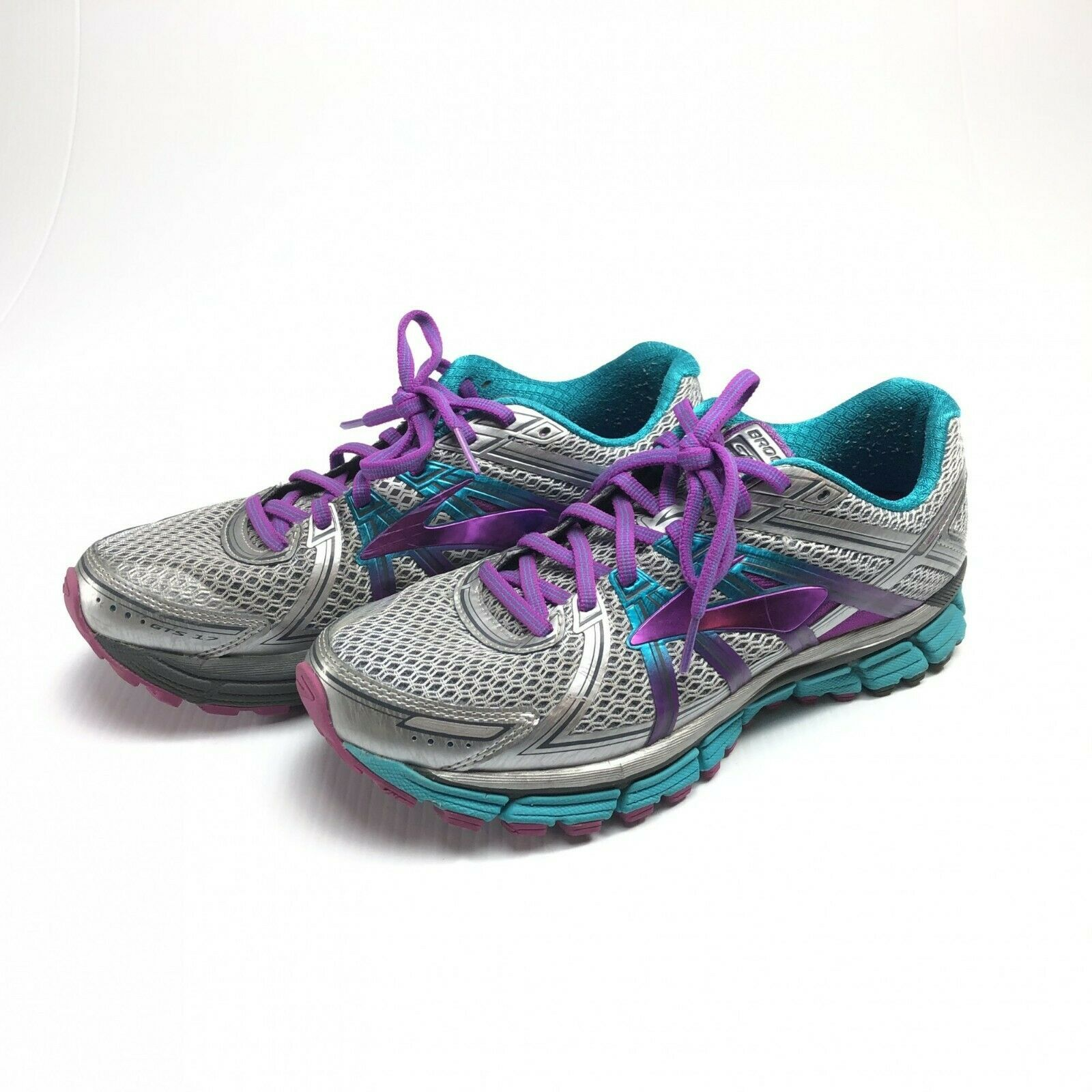 Brooks Silver And Purple Gts 17 Running Shoes Womens 10 In 2020 Womens Running Shoes Women Shoes Running Shoe Reviews
