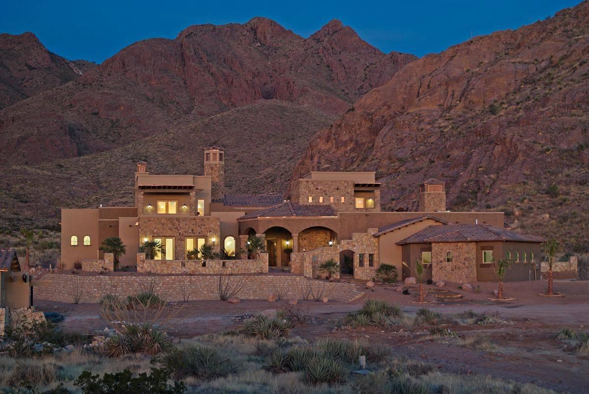 Stunning Old World Tuscan Villa New Mexico Luxury Homes Mansions For Sale Vacation Home Luxury Real Estate Marketing Renting A House