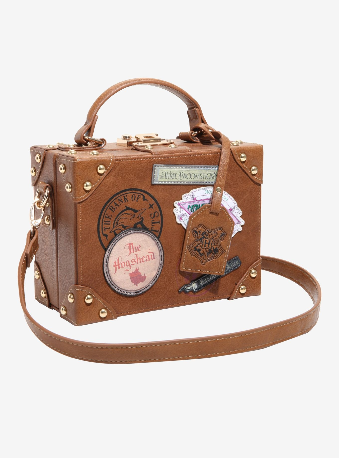 4a207ab2d4 HARRY POTTER VINTAGE TRUNK CROSSBODY BAG - Pack your bags and get ready to  head to Hogwarts! This trunk style handbag from Harry Potter is the perfect  place ...