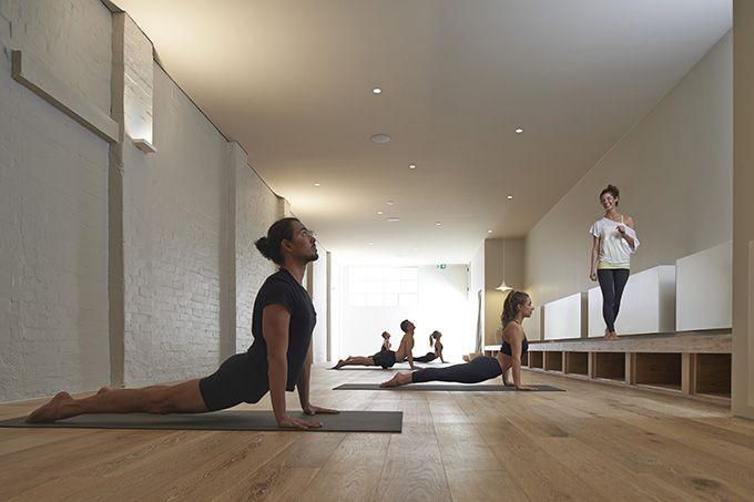 Yoga Room Colors innenansicht bei tag - yoga-studio | umgestaltung und vergrößerung