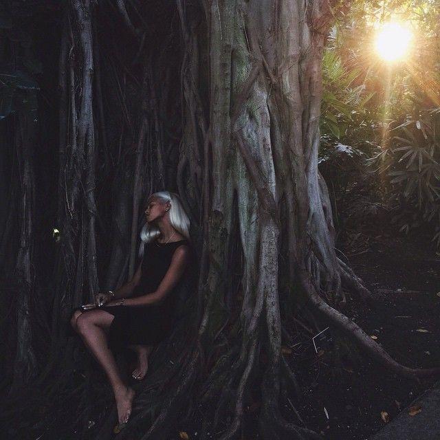 Chase me like the storm I am shooting @uppermetalclass lookbook with lady lightdealers @lanitrock and @ladysoulfly ✨shouts to @freedommodelsla ✨ #thestormiscoming #uppermetalclass #slayinyoursleep #wetrustinwanderlust