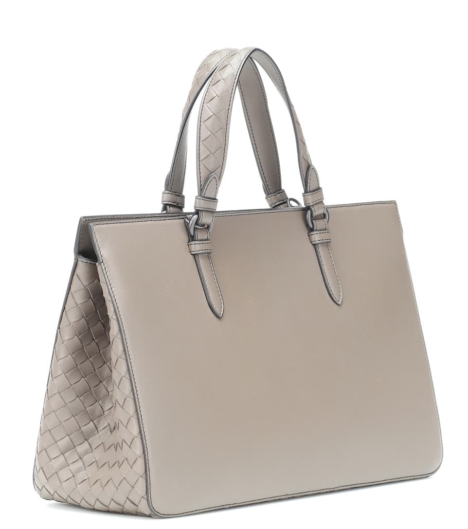 121a56770fc Leather Tote - Bottega Veneta