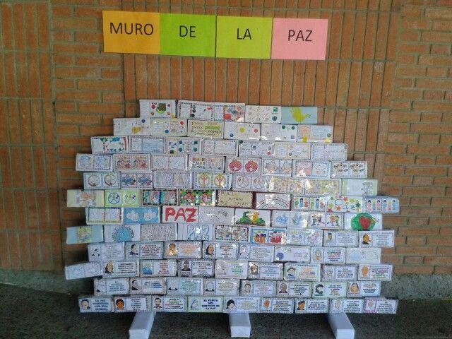 Muro De La Paz Dia De La Paz Paz Muros