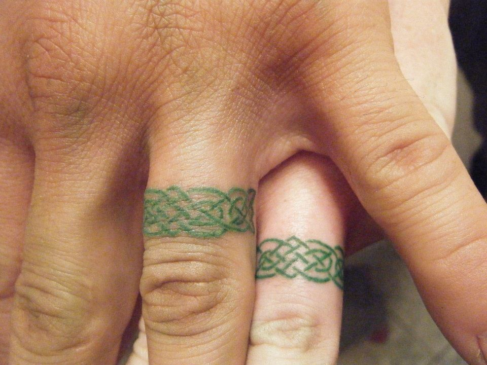 celtic designs ring tattoos - This would be so much nicer than a wedding ring, someone remind me of this if I ever find someone good enough xD