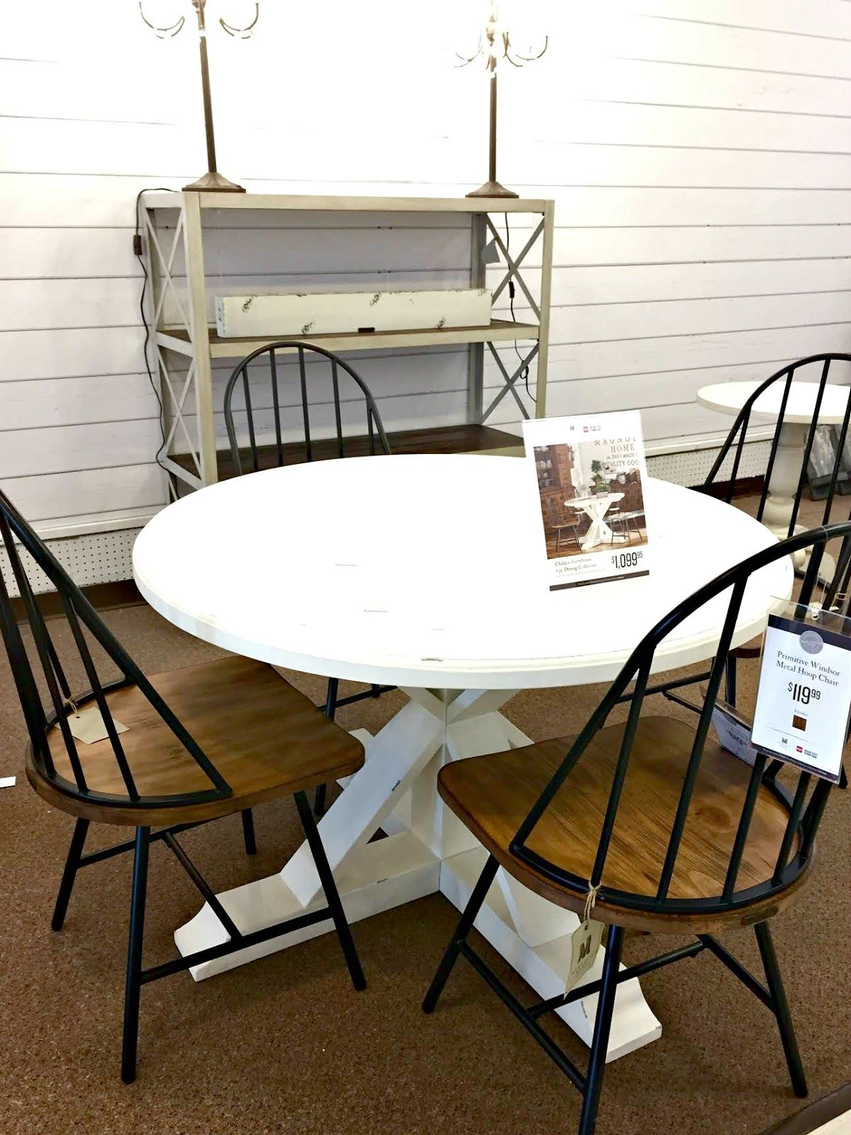 Magnolia Homes Round Table And Chairs