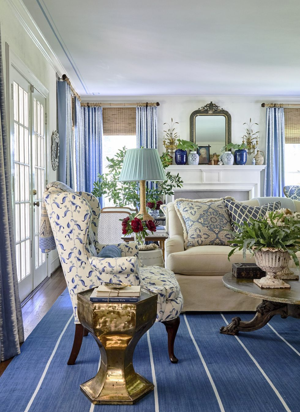 Hand Painted Wallpaper Makes This Alabama House Simply Stunning Living Room Decor Traditional Living Room Designs Blue Living Room Southern living room decor