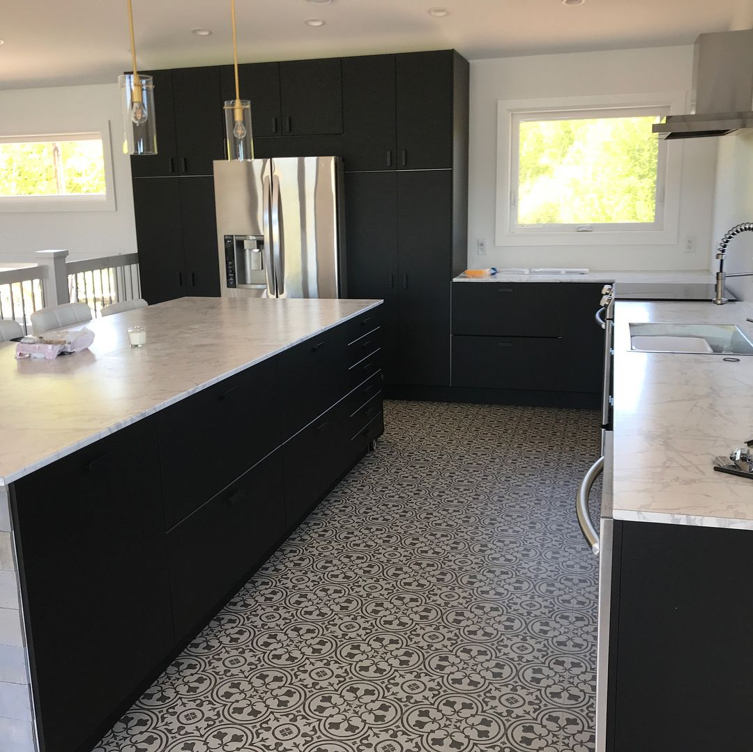 Look How This Kitchen Is Classed Up By Mannington S Revive Collection Lvs Deco Shown In Wrought Iron Via Insta Luxury Vinyl Tile Mannington Flooring Deco