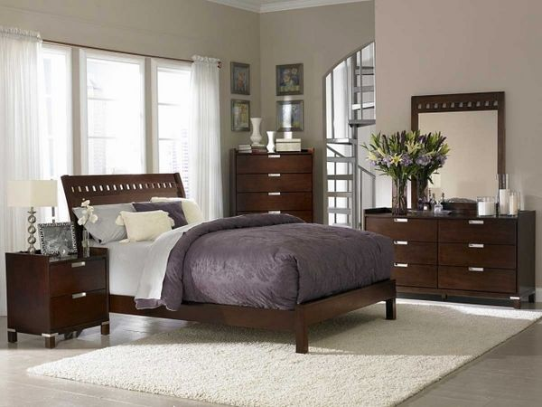 dormitorio clásico diseño de interiores oscuros colores marrón ...