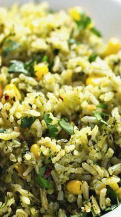 Grüner mexikanischer Reis mit Mais  - Rice -
