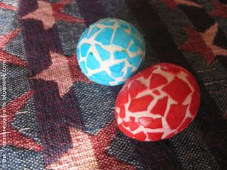 Easter Egg Crafts: Craft Eggshell Mosaic Easter Eggs