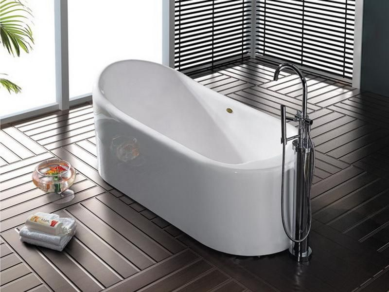 luxurious narrow bathtub unit in white stainless steel bathtub ...