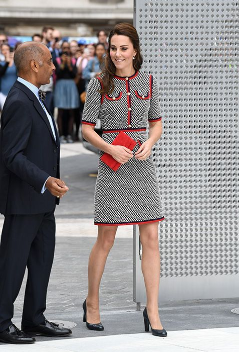 Kate-middleton-arrive-gucci-outfit-v-and-a-museum
