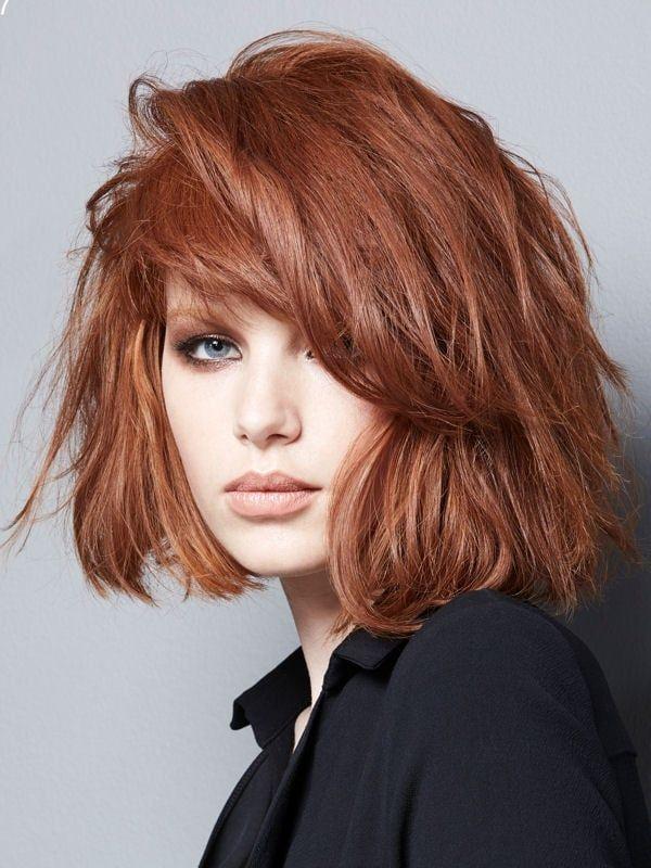 Carré méché Cheveux, Cheveux courts roux et Couleur