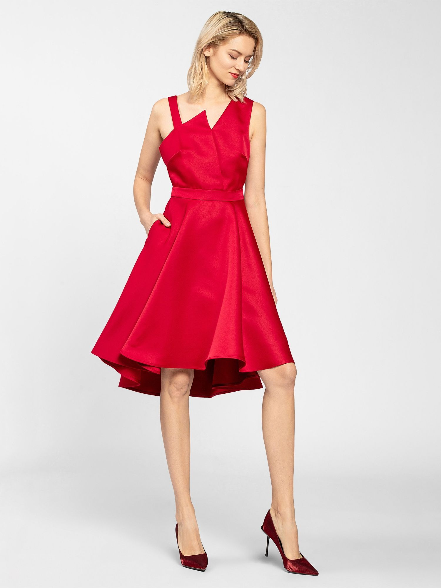 apart kleid in rot in 2020   satinkleid, formelle kleider