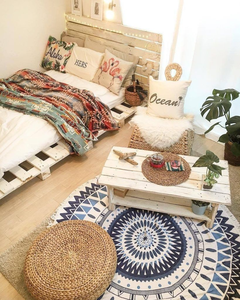 50+ Adorable Pallet Bed Ideas You Will Love 71