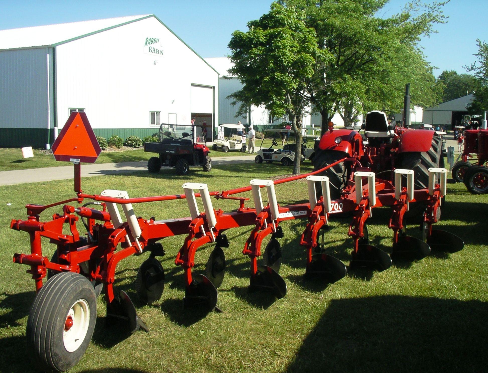 Ih No 700 Plow Tractors Cool Trucks Monster Trucks