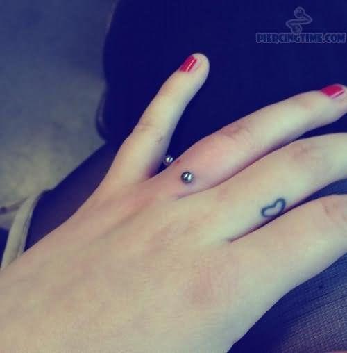 Couple Finger Heart Tattoo Heart Ring Finger Tattoo Ring Finger