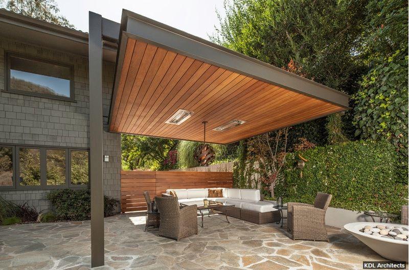Aménagement terrasse avec auvent bois, plexiglas aluminium Couvert