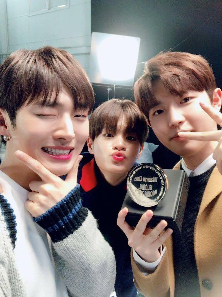 Wanna One Global Vlive Top 10 Wannaone