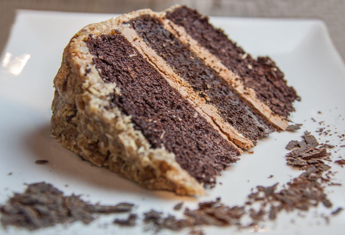 Flourless german chocolate cake with pecancoconut