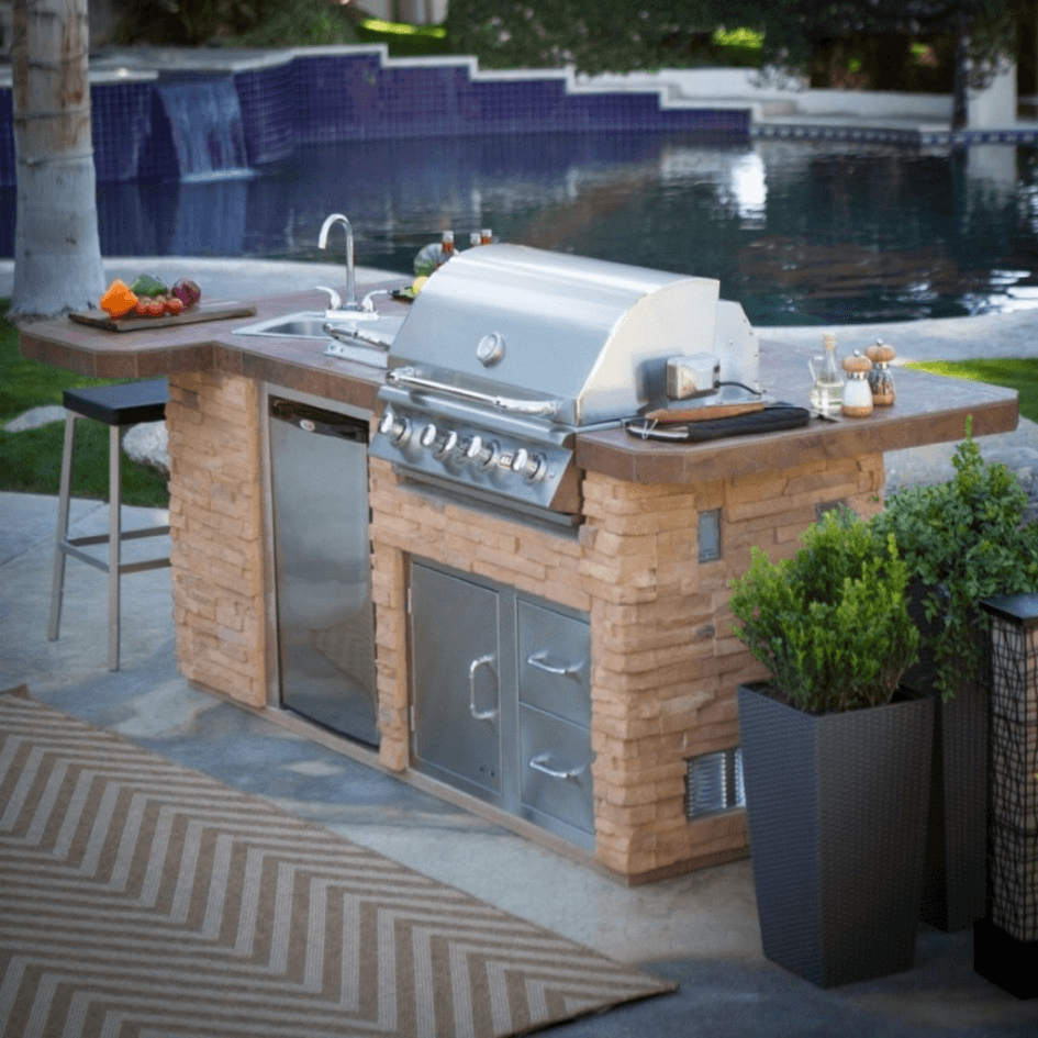Outdoor Kitchen Island With Sink And Bar Stools Modular Outdoor Kitchens Outdoor Kitchen Island Outdoor Kitchen Countertops
