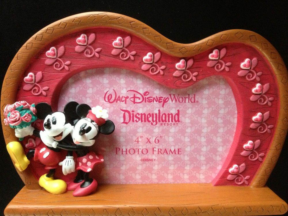 Disney Parks Minnie Mickey Mouse Heart Valentines Photo Picture Frame $36