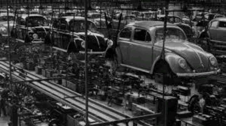 VW factory @ full throttle. VW Beetle
