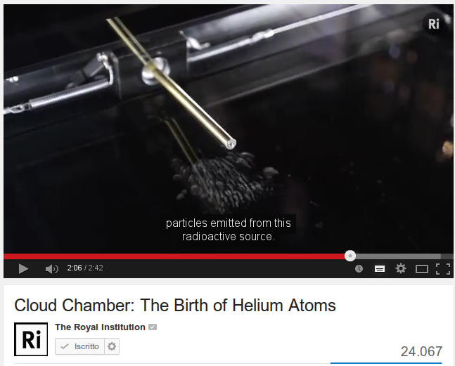 Camera a nebbia / Cloud chamber : The Birth of Helium Atoms