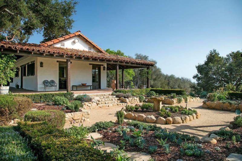 Ellen DeGeneres House Flipper Sells Montecito Home the backyard