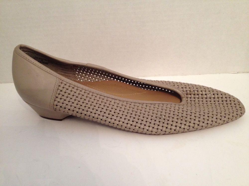 Soft Kicks Shoes Womens Size 10 Wide