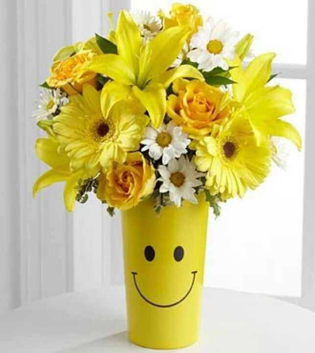 Smiley face vase with yellow flowers | Smiley Faces | Pinterest ...