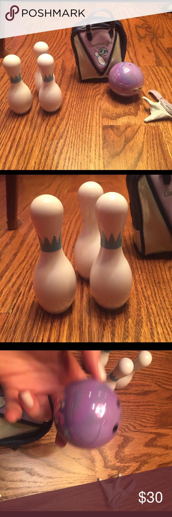 American Girl Bowling Set Bowling bag, three bowling pins