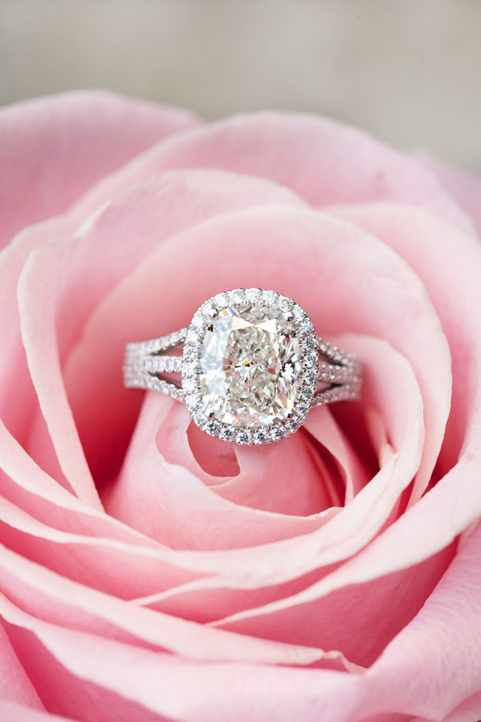 Engagement Rings and Flowers 15 Perfect Shots