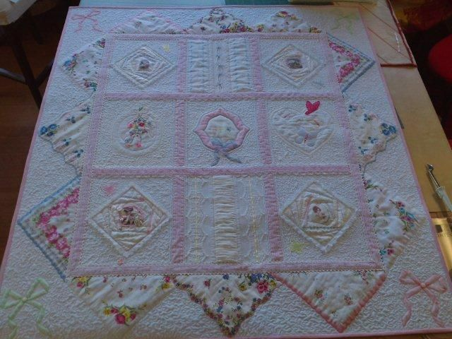 Looking for quilting project inspiration? Check out Vintage Hankie ... : hanky quilt pattern - Adamdwight.com