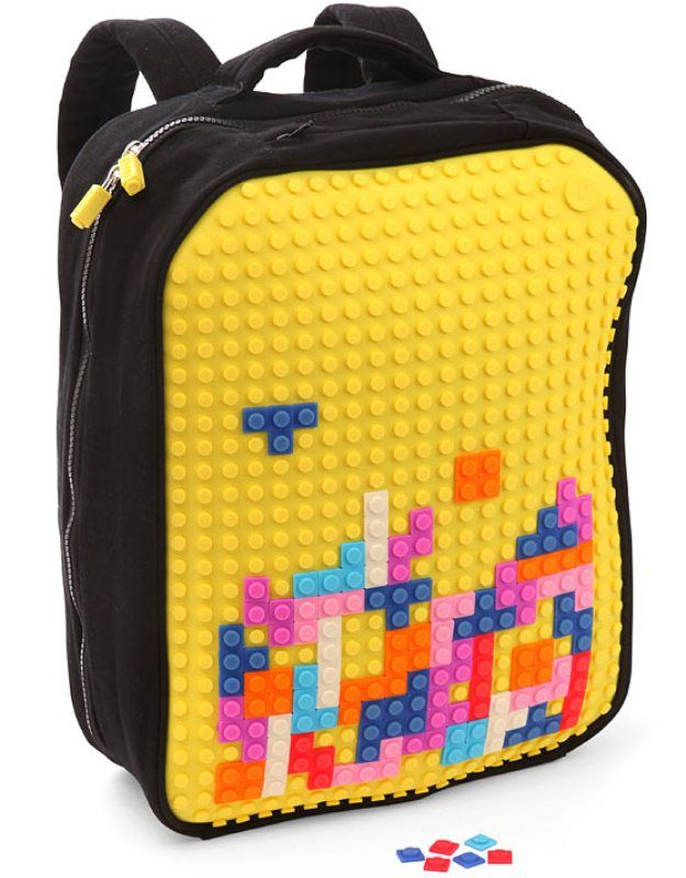 11819dbe25 Pixel Art Backpack Lets Owners Create 8-Bit Designs With Lego-like Blocks