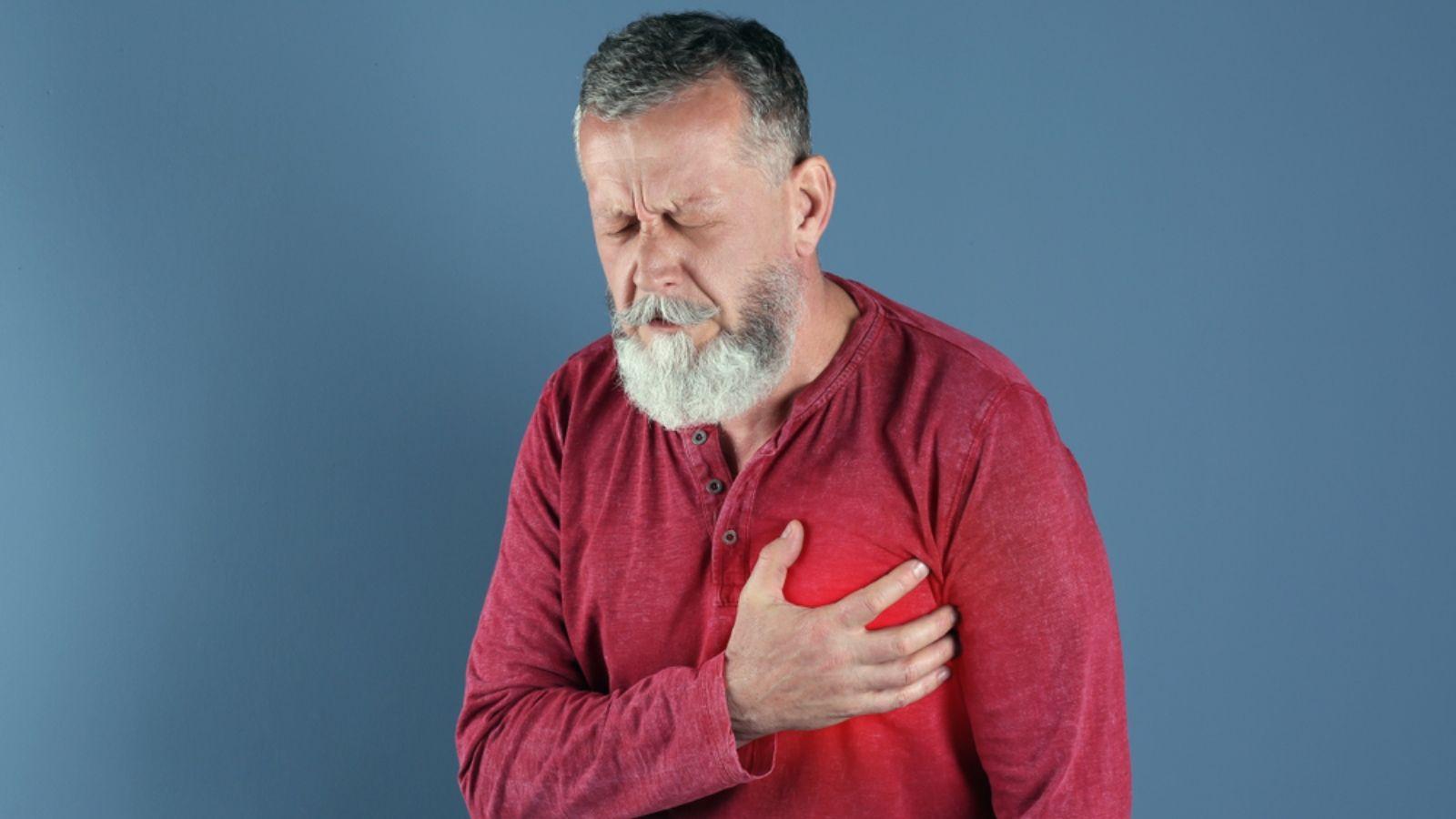 4 نصائح تجنبك الجلطة القلبية Men Sweater Men Sweaters