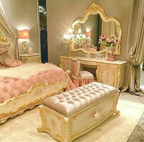 Romantic Girly Princess Aesthetic Lookbook in 2020 Room