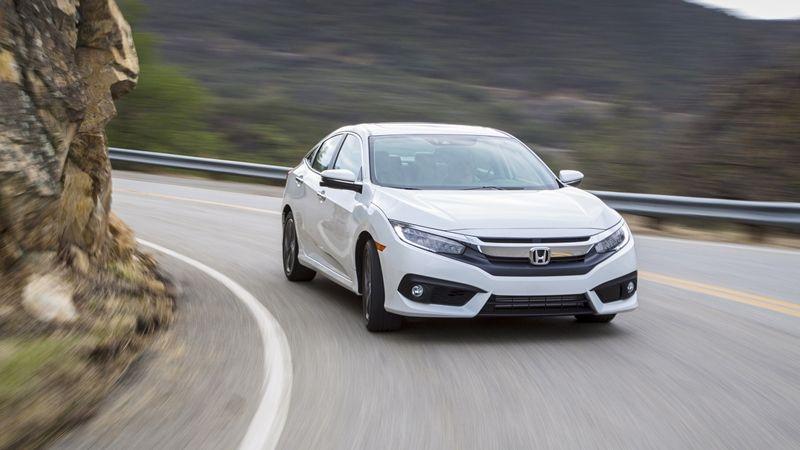 Honda Civic 2017 sẽ là mẫu xe được chú ý nhất tại triển lãm Vietnam Motor Show 2016 khi sở hữu thiết kế hoàn toàn mới cùng nhiều trang bị công nghệ hiện đại.